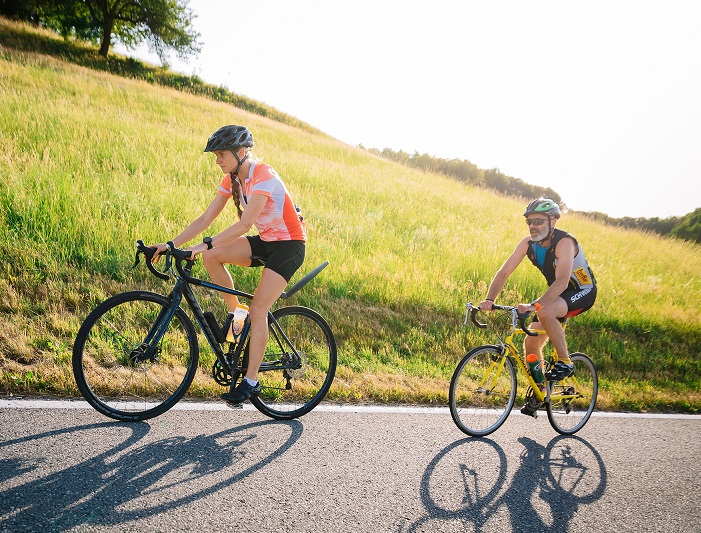 Fabienne bleibt vorläufig auch dem Radfahren treu - gute Tipps gibt's vom Trainer